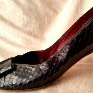 EVAN PICONE Womens Size 8 Shoes Black Snake Print